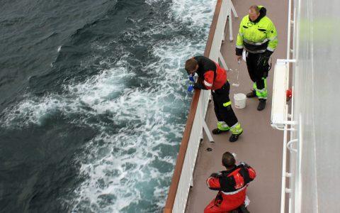 Hamburg Tankers -People on Board